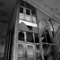 the-abondoned-sanatorium-20.jpg