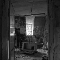 the-abondoned-sanatorium-34.jpg