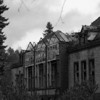 the-abondoned-sanatorium-5.jpg